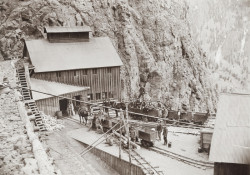 Commodore Mine #3, 1900 (photo courtesy Creede Historical Society 1845_MHC_18c1)