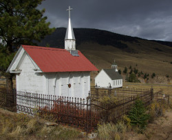 Creede Cemetery (photo by b4Studio)