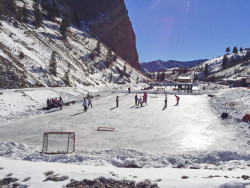 creede pond hockey colorado b4studio 02