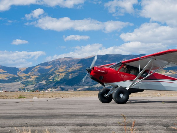 creede fly in airplane