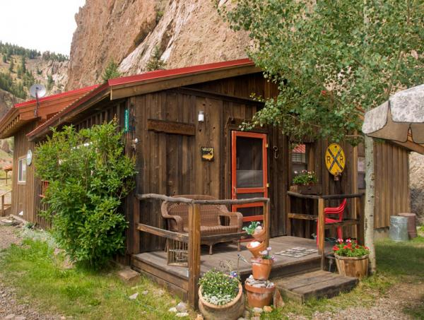 02_bed-breakfast-creede_3