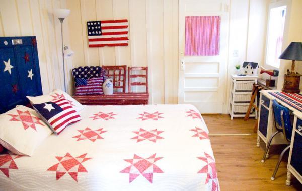13_bedroom-cabin-caddyshack_2
