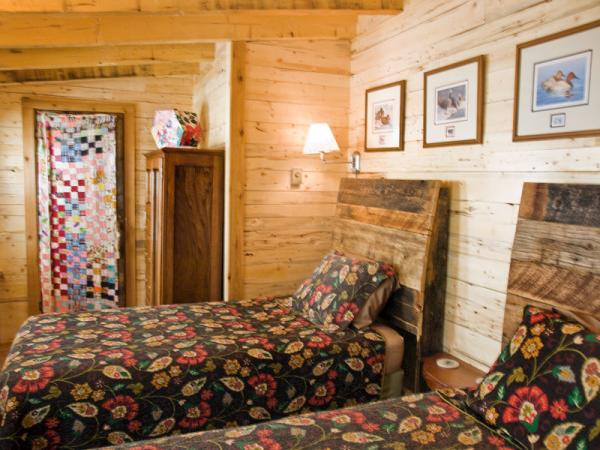 18_bed-breakfast-creede_1
